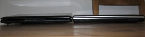 Left: Eee PC 1000H / Right: Eee PC 1002HA