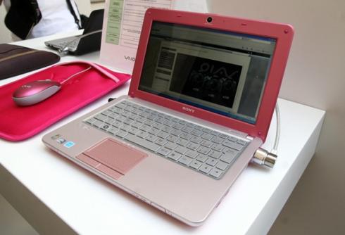vaio w pink