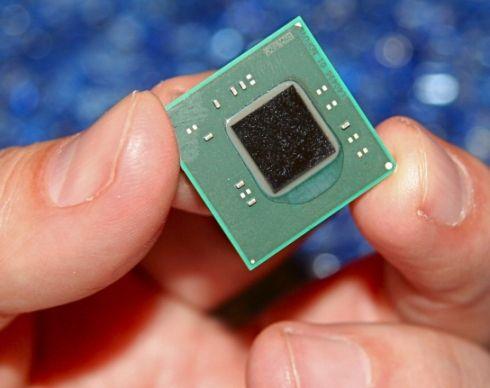 Intel Atom Pine Trail chip