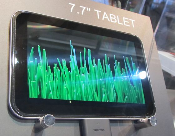 Toshiba 7.7 inch tablet concept