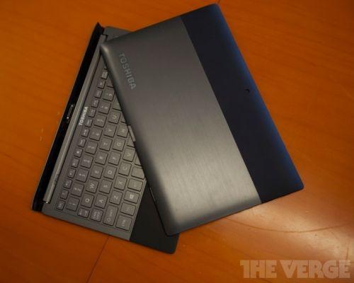 Toshiba tablet prototype with detachable keyboard