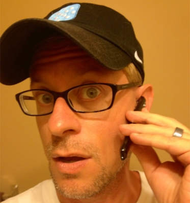 Kevin C Tofel looks slightly less ridiculous with this Bluetooth handset