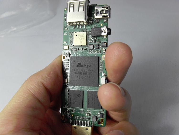 Kimdecent Droid Stick A2 mini PC packs a dual core Amlogic CPU