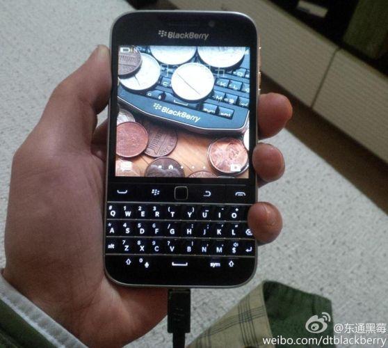 blackberry classic_01