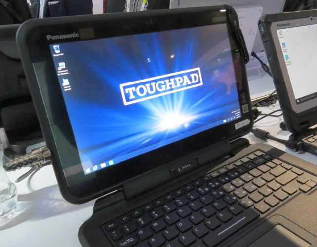 Panasonic Toughpad Fz Q1 Is A 12 5 Inch Semi Rugged